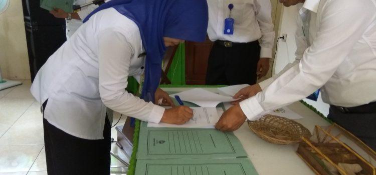 Penandatanganan MoU Adiwiyata dengan Sekolah Imbas